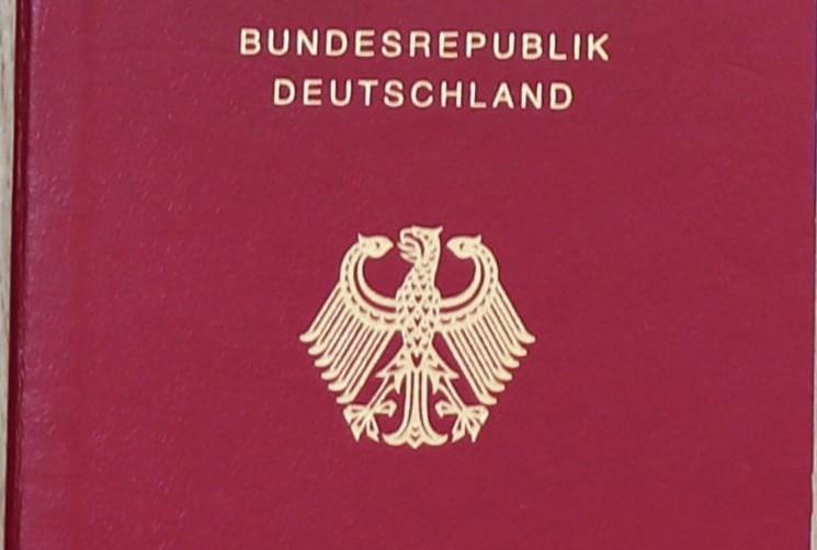 Endlich Erleichterungen bei der Einbürgerung für Kosovar*innen
